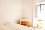 Dubbelsäng mindre sovrummet, andra våningen